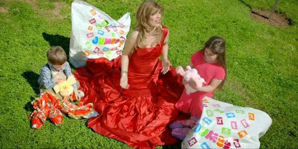 Κατερίνα Στανίση: «Τι τους πείραξε που έκανα διαφήμιση…»