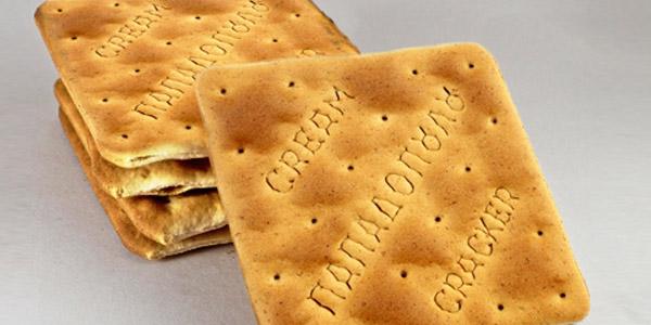 endiamesa-geumata-h-alliws-snacks-care24
