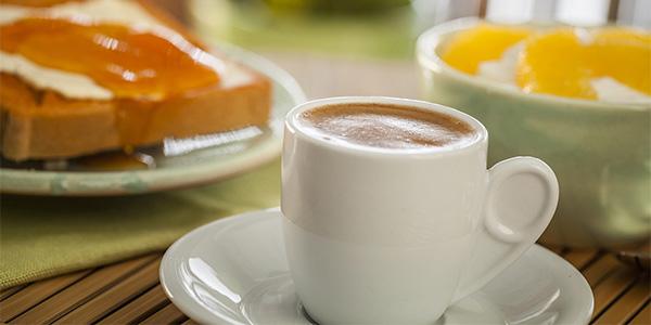 giati-prepei-pinoume-elliniko-kafe-care24