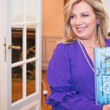 Ντίνα Νικολάου: «Grèce… La Cuisine Authentique»